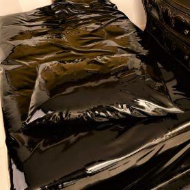 Zwart latex laken 100 x 200 cm