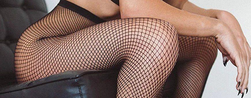 Versier je benen met een leuke of spannende panty met open kruisje